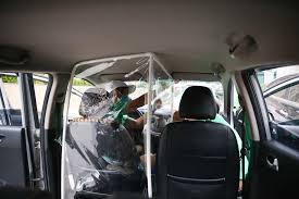 Dịch Vụ Taxi Nội Bài Có Vách Ngăn Chống giọt bắn
